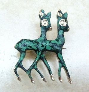 Vintage Dainty Marbled Green Deer Pair Brooch.